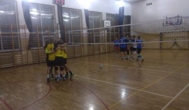 BALS: Partluk wygrał mimo osłabień, Volley Club liderem.