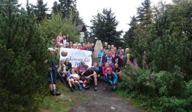 Pięć kolejnych szczytów Korony Gór Polski zdobytych