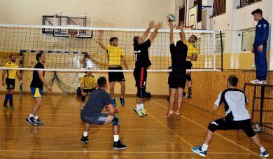 BALS: Volley Club wciąż niepokonany. Odrodzenie SZiKu.