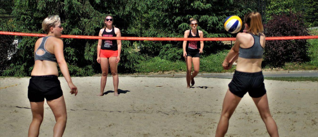 4 lipca Mistrzostwa Gminy Boguchwała wSiatkówce Plażowej Kobiet