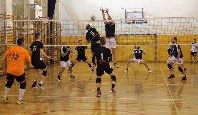 BALS: Pewne zwycięstwa Volley Clubu iSoGorsi. Hogs Euro Sklep ztrzecią wygraną