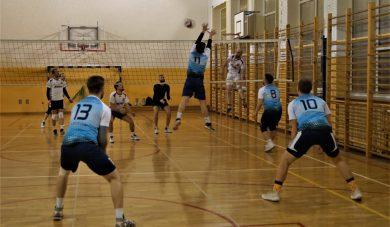 BALS: Volley Club iRzeszowski Węgiel ztrzema punktami. Pierwsza strata Zaborovii.