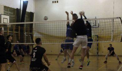 BALS: Volley Club pozostaje wgrze omistrzostwo. Rzeszowski Węgiel najlepszy wII lidze.