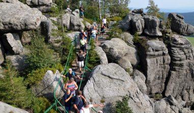 Podsumowanie sezonu turystycznego. Dwa kolejne szczyty zKorony Gór Polski zdobyte!